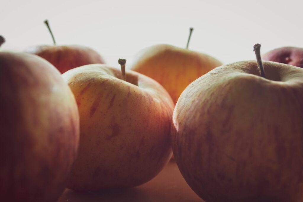 Предотвращение предуборочного опадения плодов